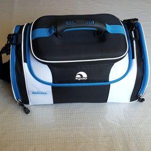 Igloo MaxCold travel cooler